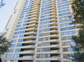 14-15_Greenway_Highrise-Houston[8]