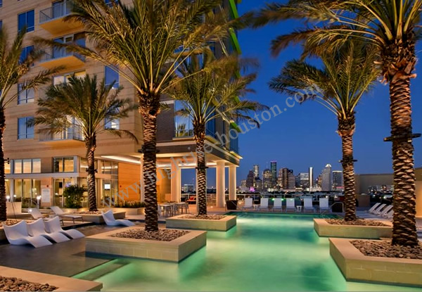 Sovereign At Regent Square 3233 W Dallas Highrise Houston